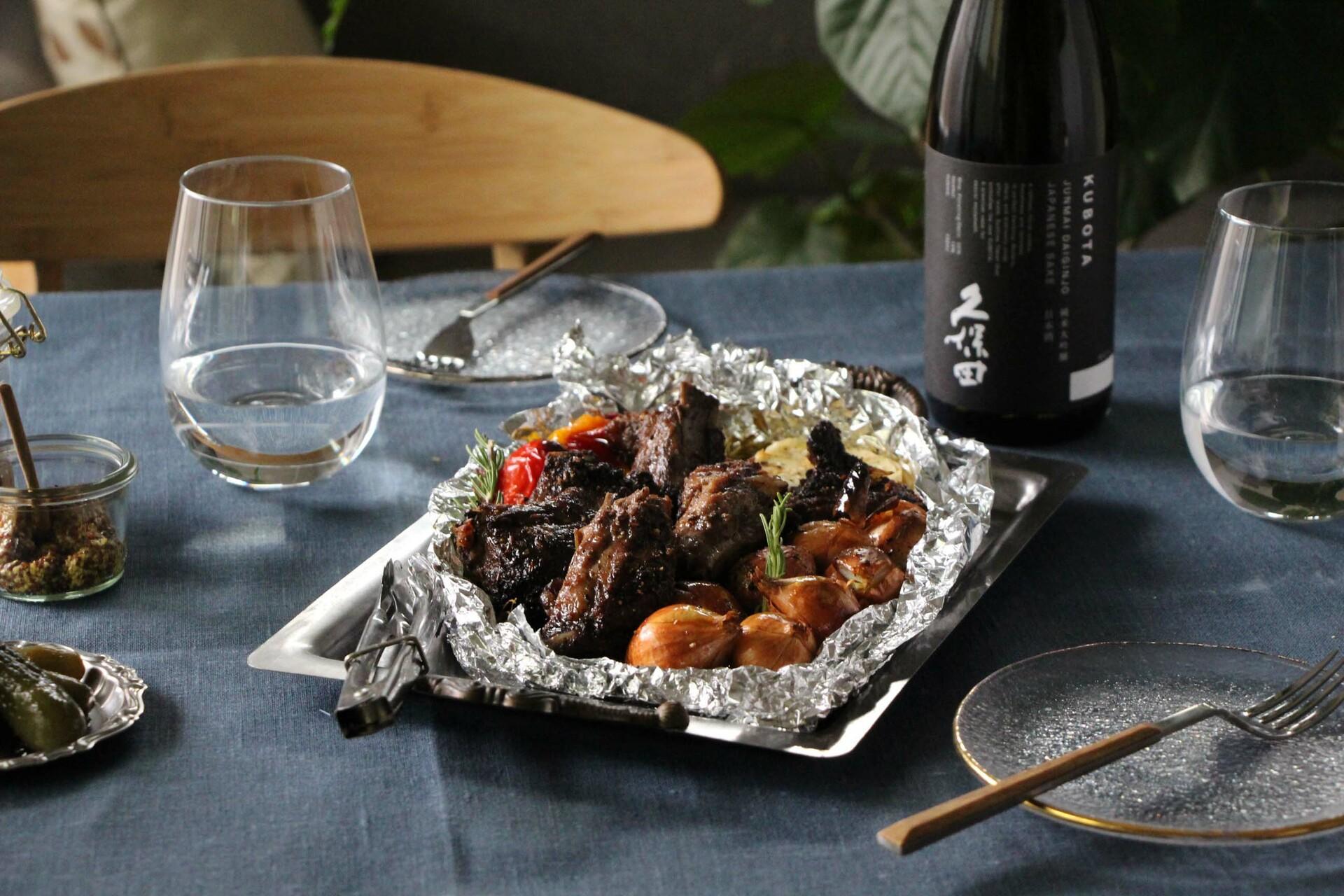 日本酒をもっと楽しむおつまみレシピ|スペアリブのくるみバター焼き
