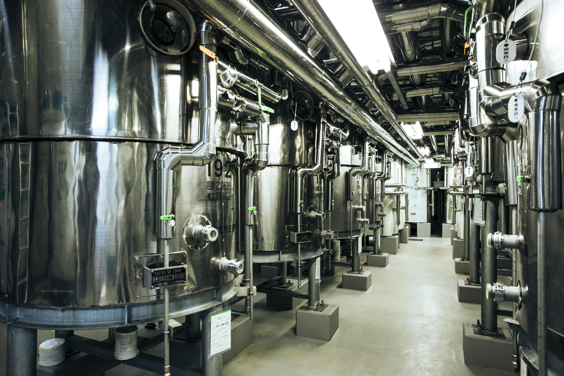 日本酒の造り方を解説!穏やかな味わいに熟成させる工程「貯蔵」