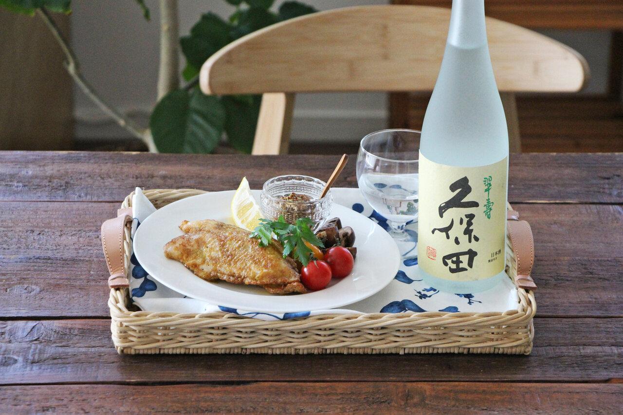 日本酒をもっと楽しむおつまみレシピ|緑茶衣のササミピカタ