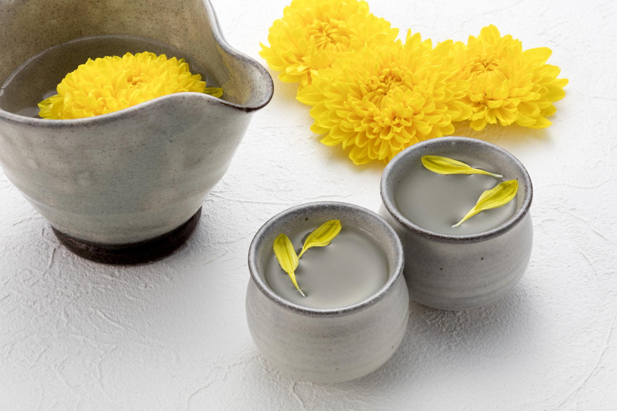 重陽の節句に楽しむ「菊酒」とは?作り方やおすすめの酒も