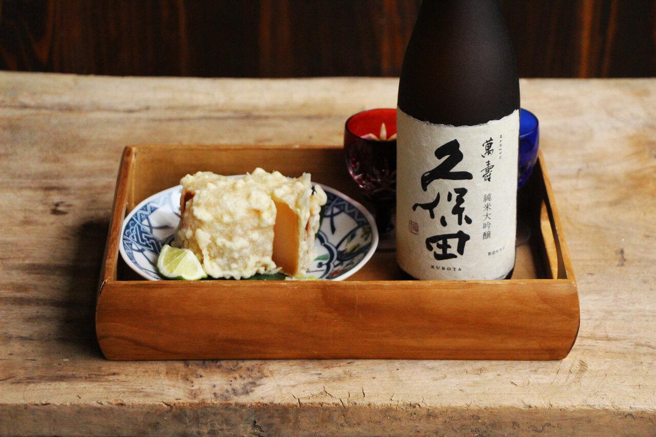 日本酒をもっと楽しむおつまみレシピ|日本酒と薄だしで煮た大根の天ぷら