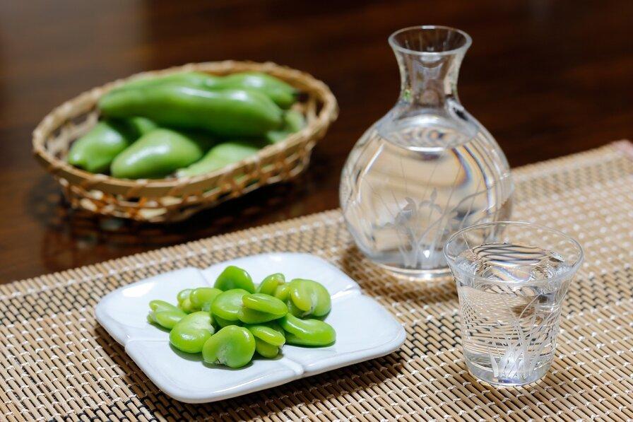 豆と日本酒と酒器
