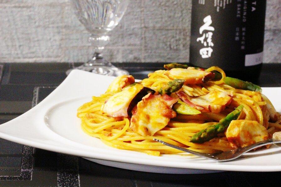 タコとアスパラのトマトソーススパゲッティ