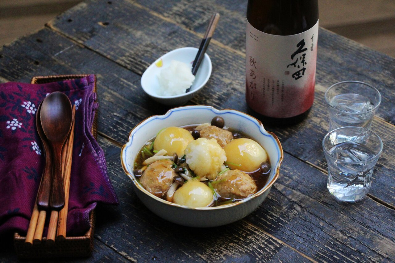 日本酒をもっと楽しむおつまみレシピ|れんこんつくねとカブのみぞれ煮 - KUBOTAYA