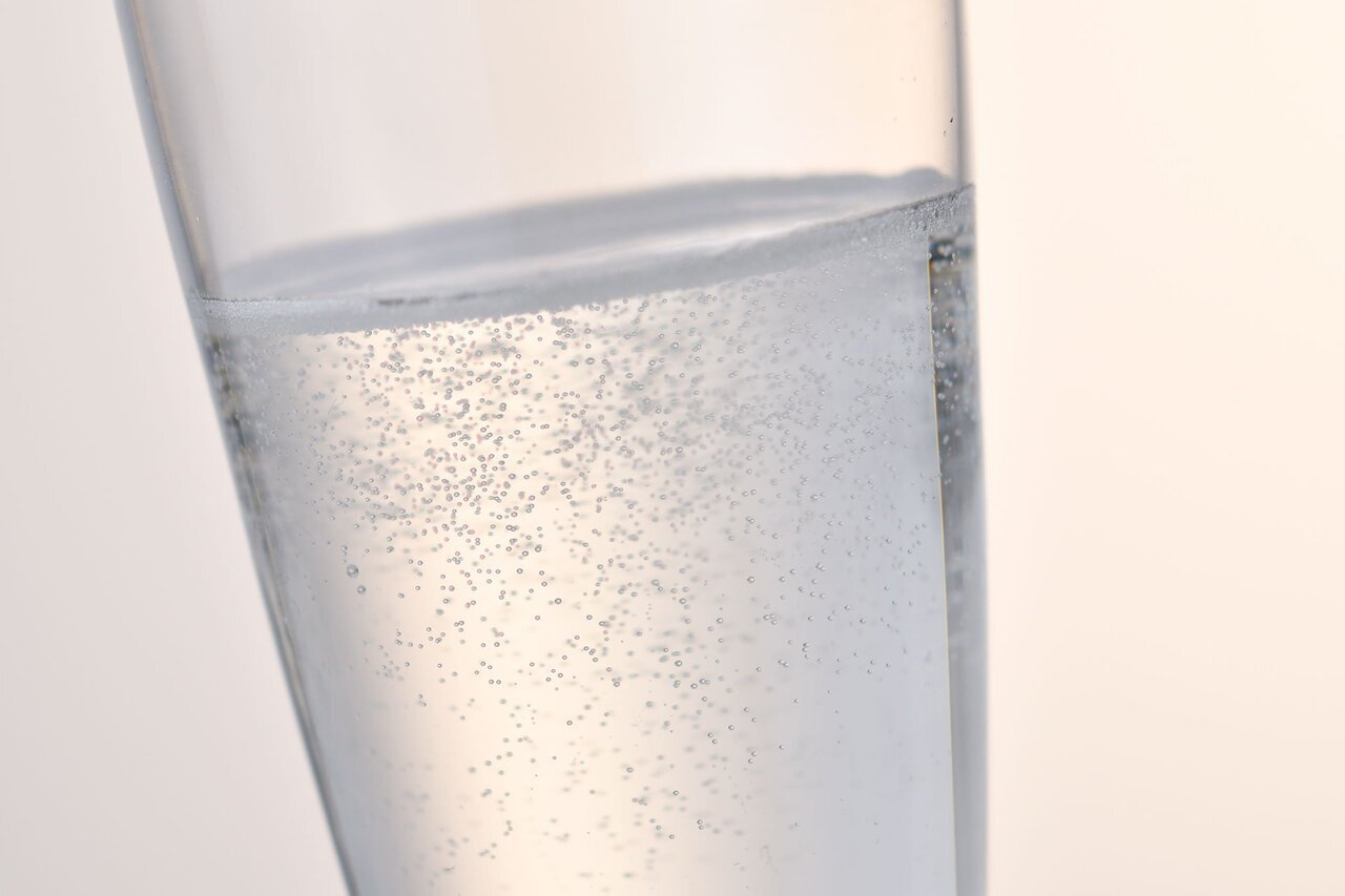 ビギナー必見!おしゃれで美味しいスパークリング日本酒の世界 - KUBOTAYA