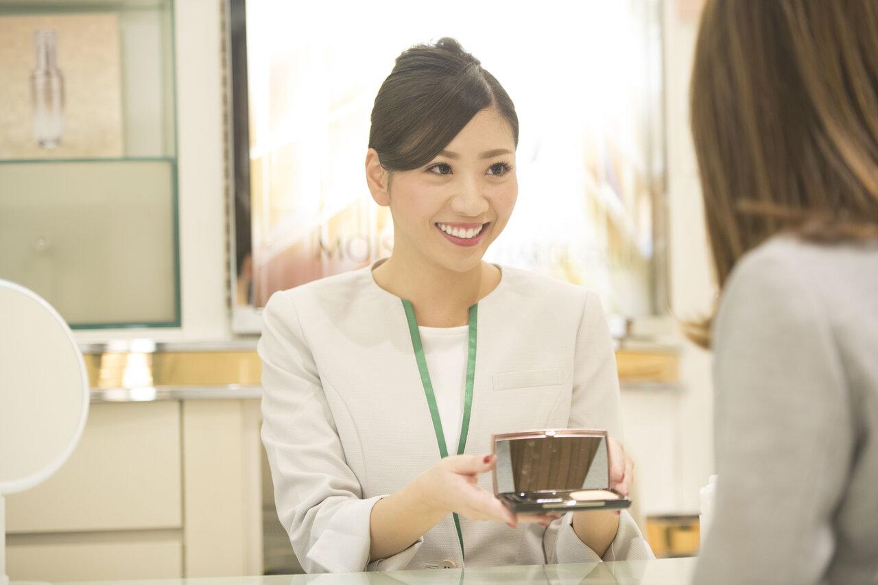 わたしが好きを仕事にした理由|美容部員として未経験から働く!