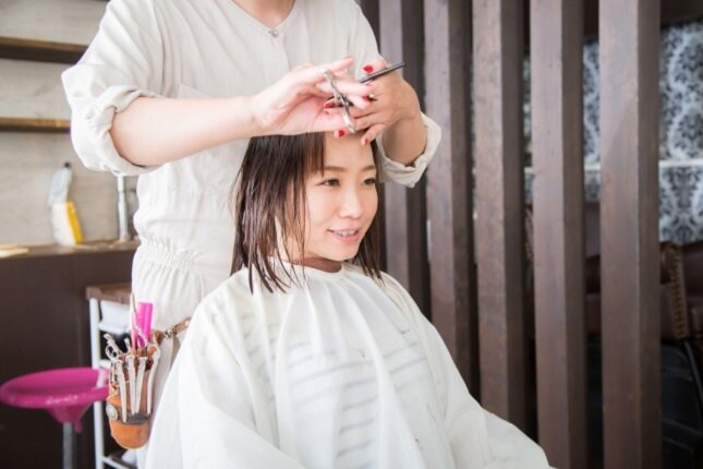 美容師なら覚えておきたい!美容専門用語をご紹介【サ行編】