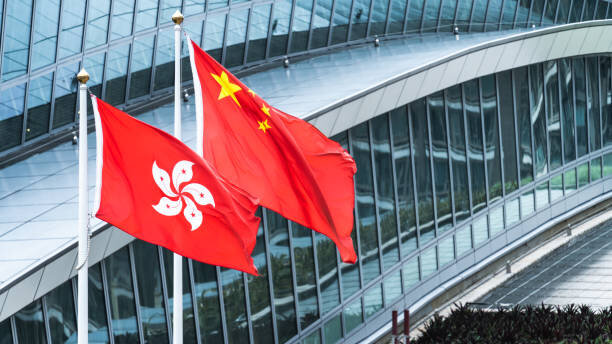 香港・国家安全維持法:「メス豚書記」の大出世