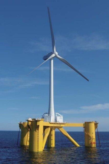 図8 撤去される福島沖の洋上風力