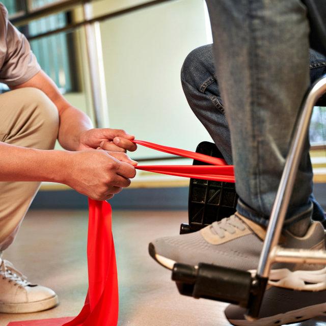 認知症予防におすすめのレクリエーション 〜 足・下半身を使っ...