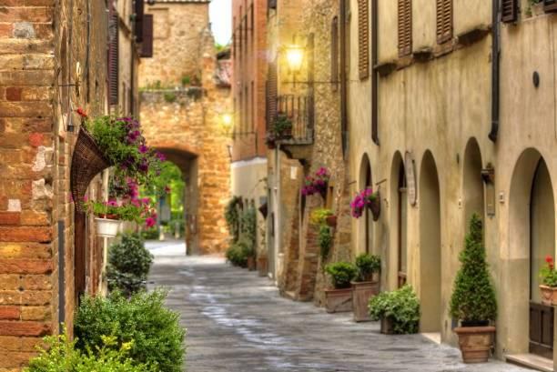 一生に一度は行きたい!富裕層気分が味わえるイタリア・シエナのホテル