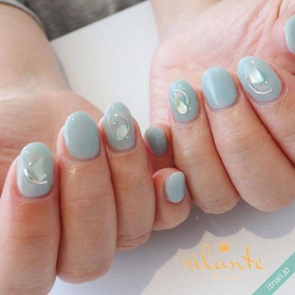 初夏の青空を指先に♡ライトブルーでアートするネイルデザイン♡