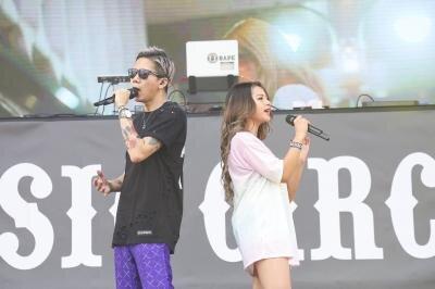 ゆきぽよ&SLOTH、MUSIC CIRCUS'20に出演し「めっかわ︎♥ 〜一生ギャル宣言!~DJ Hello Kitty Remix」をステージ初披露
