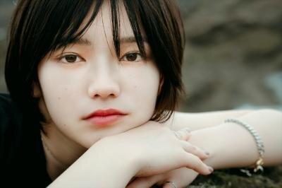劇団4ドル50セント・湯川玲菜がオンライン舞台に初挑戦、同じホテルに宿泊した男女8人の恋愛模様を描く