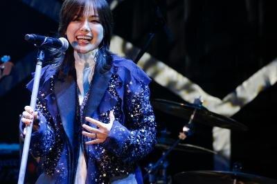 「夢見る少女じゃいられない」衝撃のデビューから25周年、相川七瀬アニバーサリーライブ開催