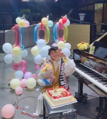 ピアニストYouTuberハラミちゃん、チャンネル登録者数100万人突破!カバーアルバム第2弾発売決定