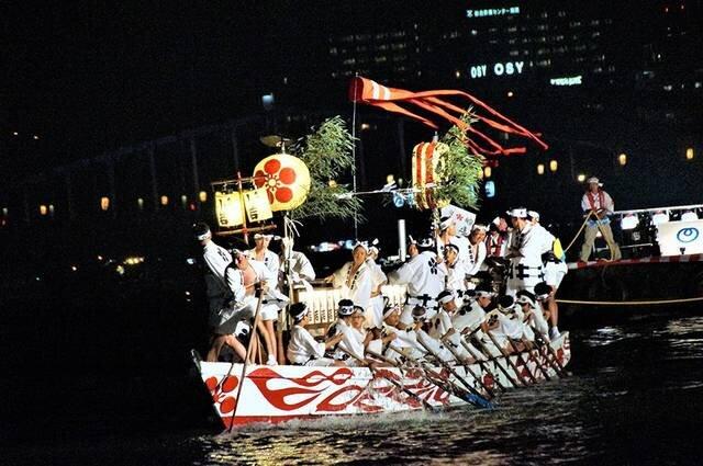"""7月に行きたい名物祭り""""天神祭"""""""