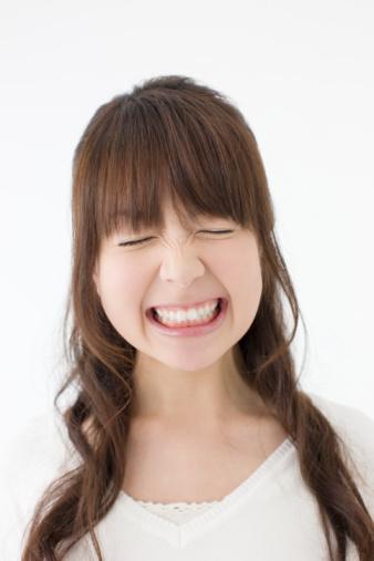 オトナ女子の悩み。老け顔の原因「ほうれい線」を食事で予防する方法