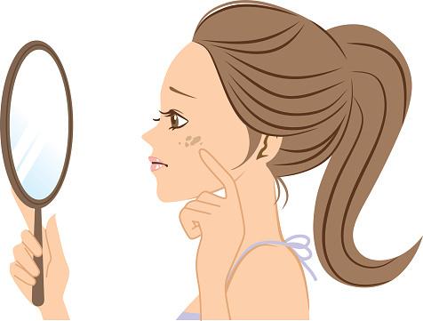 気になるシミ撃退!美白化粧品が効果を最大限に発揮する、塗り方。選び方。