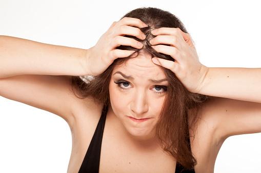 気になる、法令線。。。頭皮のコリが原因かも?!オトナ女子の為の地肌ケア♡