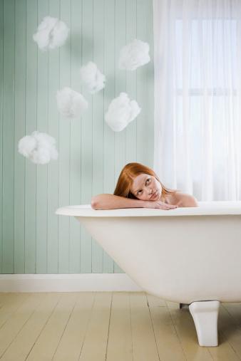 シャワーだけじゃもったいない!実は最適な季節!?夏こそお風呂で美人タイムしませんか・・・♡??