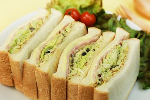 サンドイッチ!
