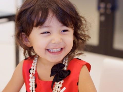 子供は本物の笑顔しか持ってない。