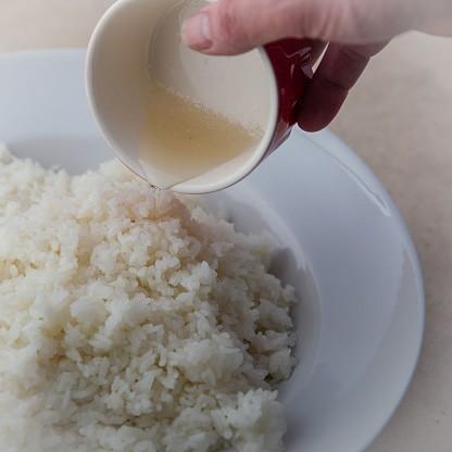 寿しの基本の「酢飯」。お店で食べるようなツヤ感のある、...