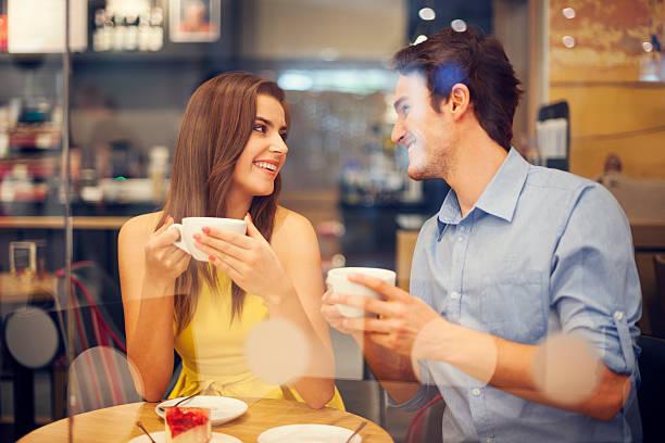 初対面の彼からデートに誘ってもらう3つの小悪魔テク♥♥♥