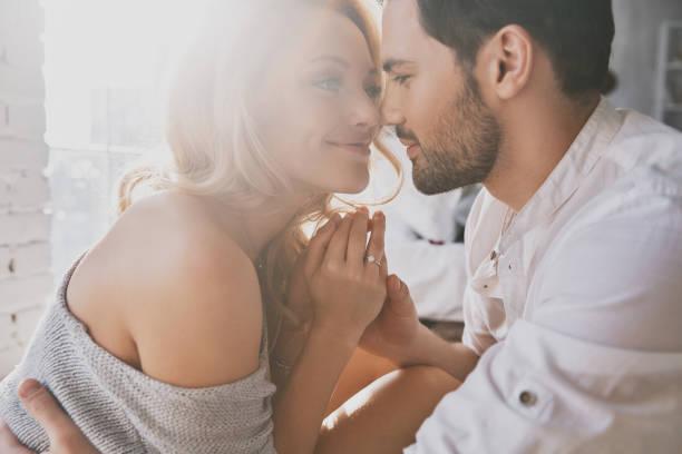 セクシーだと感じる、美しい女性の所作とは?