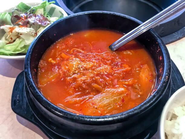 「チゲ」とは料理名と言うよりは「鍋」の事のようです
