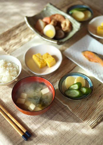 https://kinarino.jp/cat4-グルメ/16803-丁寧な暮らしは丁寧な食事から。「一汁三菜」を心がけて健康になろう♪ (9753)