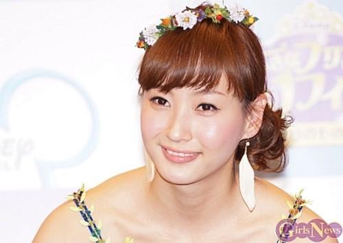 産後ダイエットで15キロ痩せたと有名な藤本美貴さん。