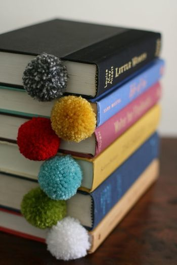 Pom Pom Bookmarks | Artsy Teens | Pinterest | ポンポン、しおり、DIY (18594)