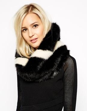 My Midlife Fashion: Faux Fur Accessories & WIWT (20357)