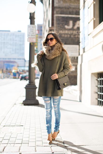Faux Fur Scarf & Oversized Knit. - Mia Mia Mine (20363)