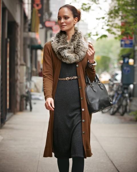 Как носить снуд. Использование шарфа-снуда в вашем образе. Шарф-снуд - тренд этого сезона. Позволит сделать ваш образ ярким и модным. (20389)