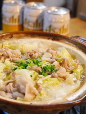 豚とキャベツのニンニク塩バター鍋 by Jきち [クックパッド] 簡単おいしいみんなのレシピが252万品 (20914)