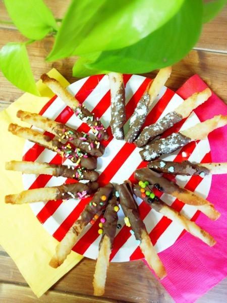 餃子の皮で簡単!手作りやみつきチョコポッキー♪ - 暮らしニスタ (22024)
