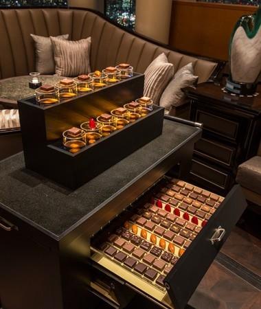 ザ・バー 「チョコレート・トロリー」