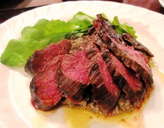 「ルーミート」はカンガルー肉のこと。オーストラリアでは...