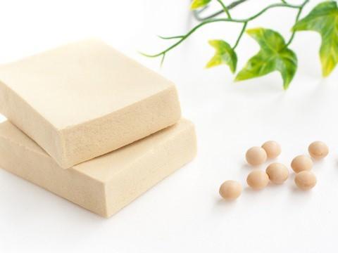 高野豆腐は弘法大師が、唐のから豆腐の製法を持ち帰り、厳...