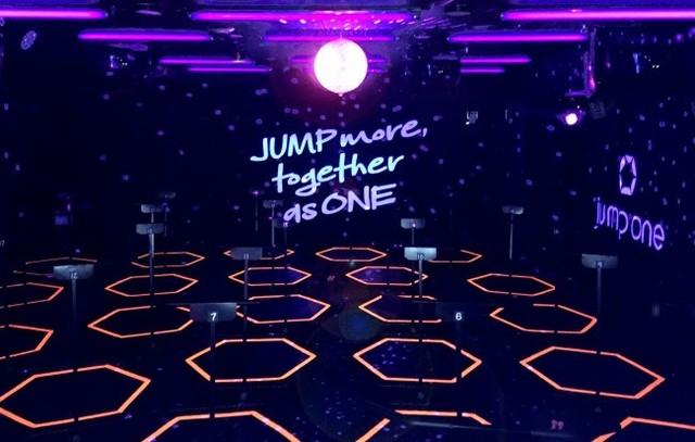 """トランポリンを使用した、最新の暗闇Jumping Fitness「jump one 新宿イースト」3/13待望オープン!【女性限定】新宿に新たな""""ガールズソーシャルサロン""""誕生"""