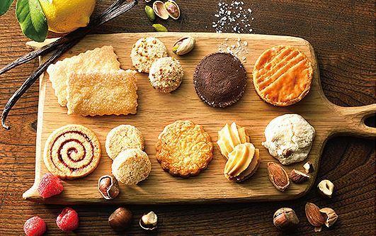 ブルターニュ クッキーアソルティ〈缶〉(46個入)|商品一覧|クッキーギフト|BRETONNE ビスキュイテリエ ブルトンヌ オンラインショッピング (36961)