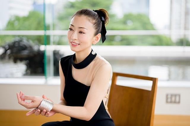 話題の舞台に出演する松雪泰子さん。その輝きの秘密とは? (46131)