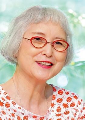 角野栄子客員教授が旭日小綬章を受章されました|日本福祉大学 (48012)