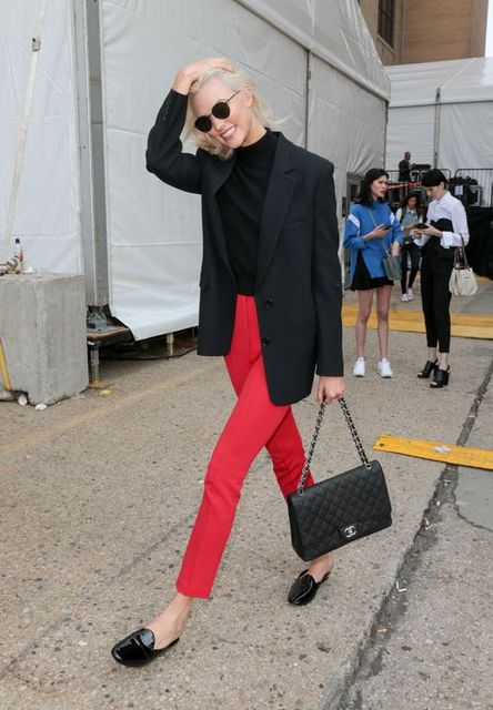 Street style: les looks des tops off duty à la Fashion Week | シャネル | Pinterest | Karlie kloss, Street styles and Street (50729)