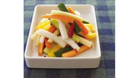 野菜を切って、ほんのりピリ辛のピクルス液に漬けるだけ。...