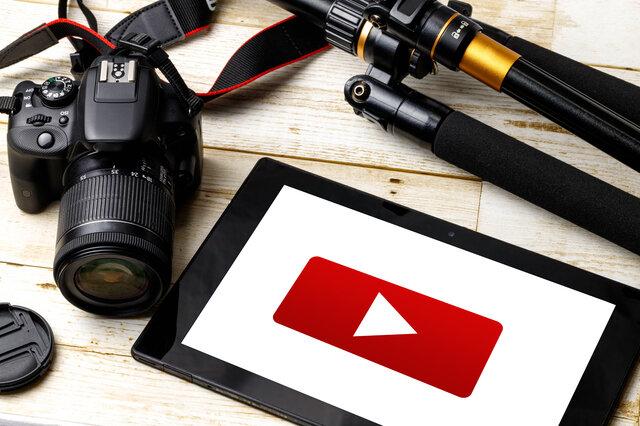 【YouTubeの動画作成】制作会社と自分で行う場合を比較!アップロードの方法も