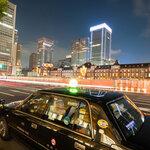 タクシーにデジタルサイネージ広告を出す効果と料金の目安を解説
